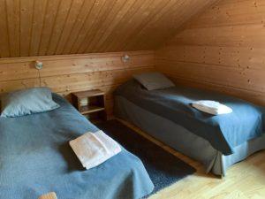 Villa-Helmi-makuuhuone2